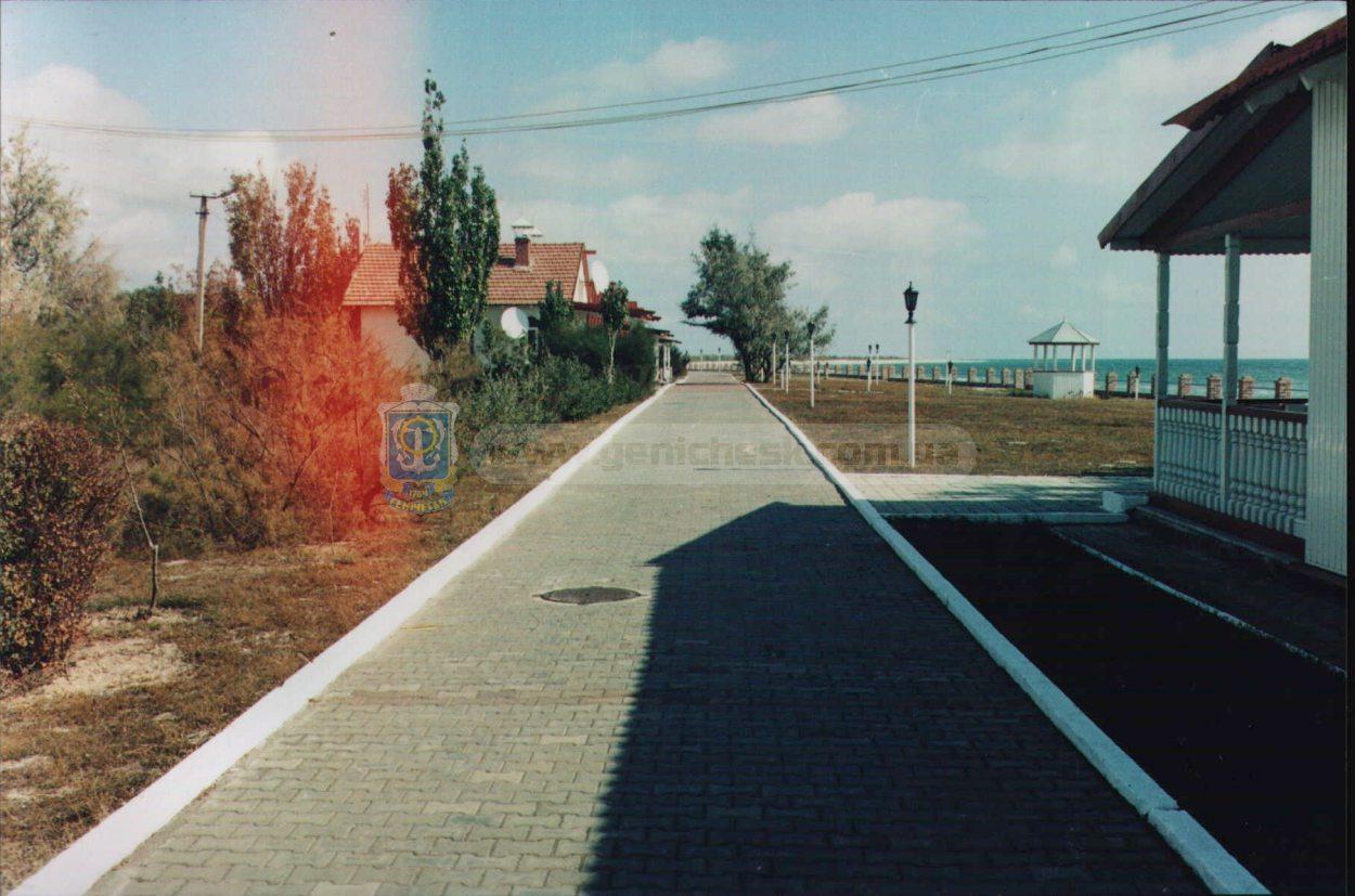 Хрущевские дачи на острове Бирючий