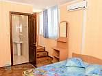 3-х мест. (корпус, 2-й этаж, балкон, душ. кабинка, туалет,